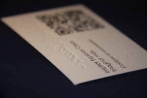 Imprenta GrafiCar - Tarjetas de presentación barcelona - Tarjetas de visita barcelona - Gofradas - Relieve seco barcelona - Alto relieve en barcelona